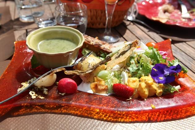 gastronomie,exceptionnel,coup de coeur,manger des fleurs,curiosité,glacier,rose,violette,pissenlit,argousier