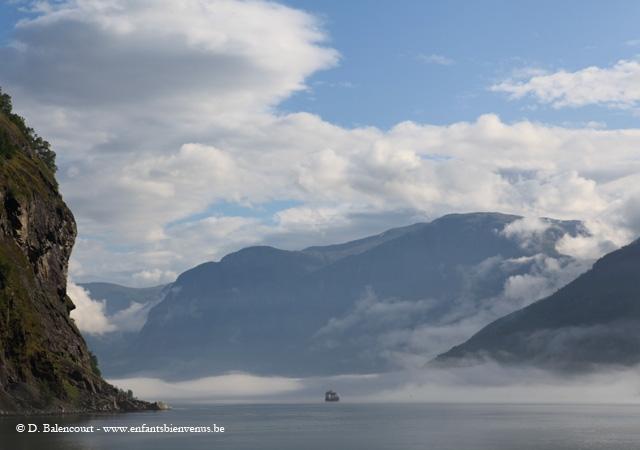 fjords,roadtrip,nature,pêche,montagne,lac, cascade