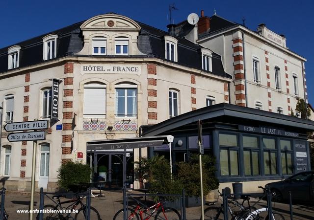 bourgogne,hôtel,france,voyage, logis, menu enfant